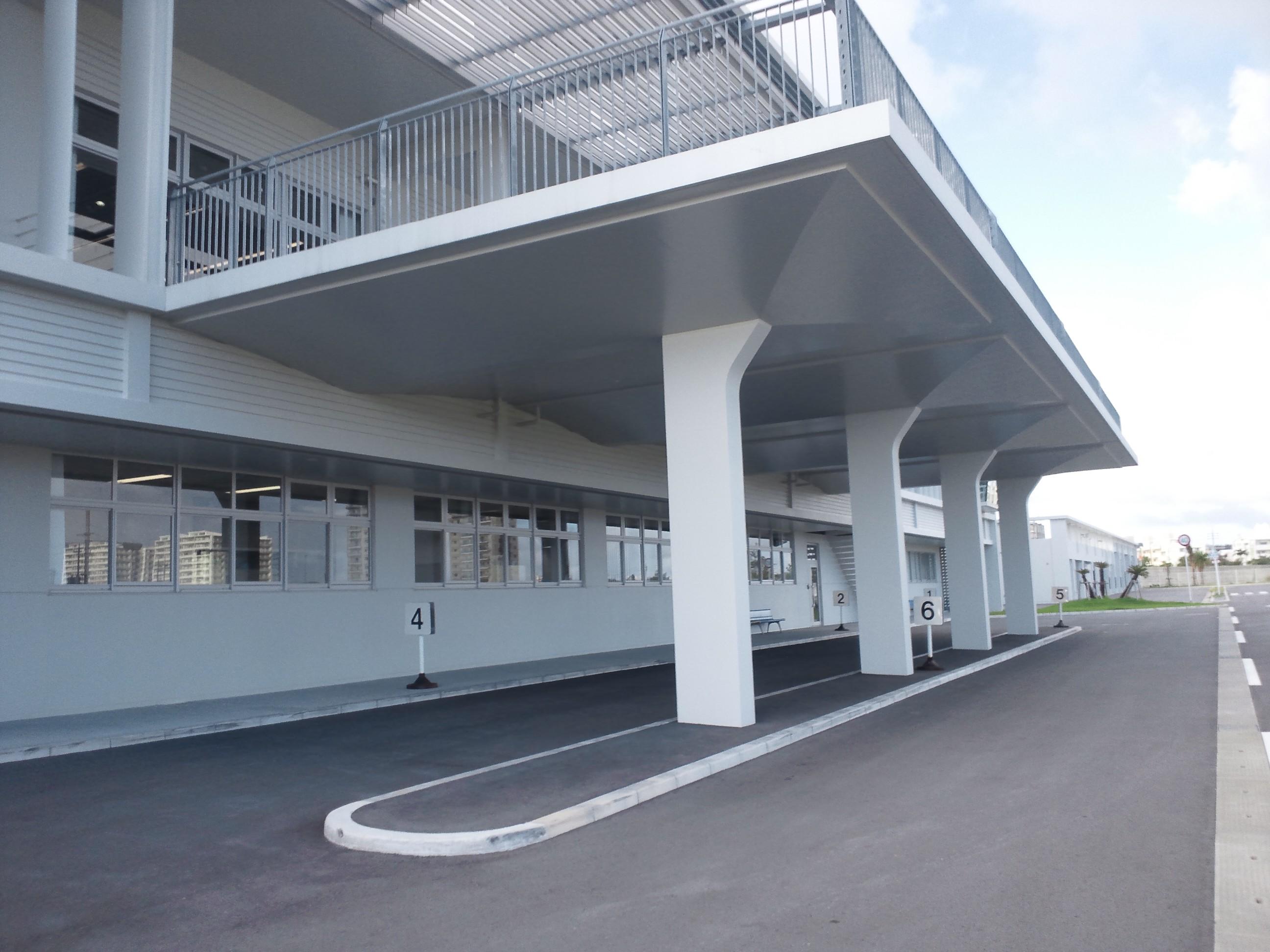 沖縄県警察運転免許センター